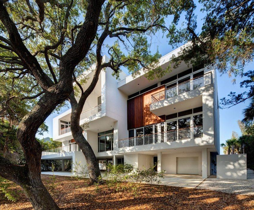 Фасадные панели обладают прекрасными эксплуатационными характеристиками