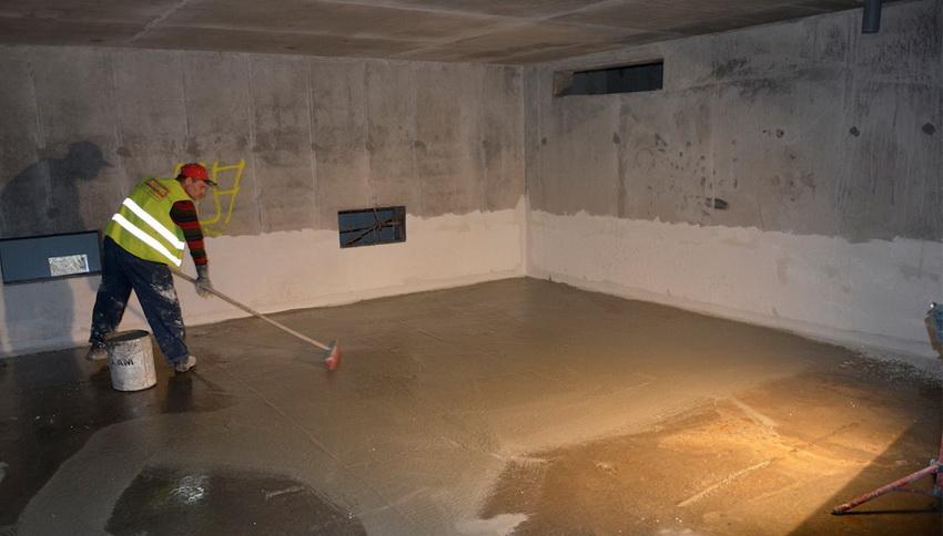Гидроизоляционные смеси на основе силикатов могут использоваться не только для стен, но и для пола