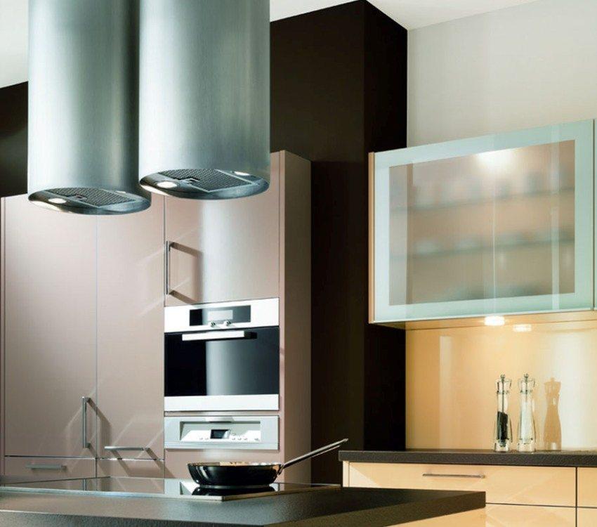 Вытяжка на кухне - часть общей вентиляционной системы всего дома