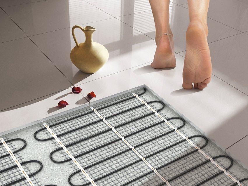 Термоматы можно укладывать под плитку без стяжки