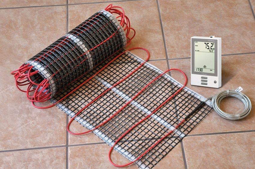 Электрические тёплые полы комплектуются термодатчиками для автоматического регулирования температуры нагрева