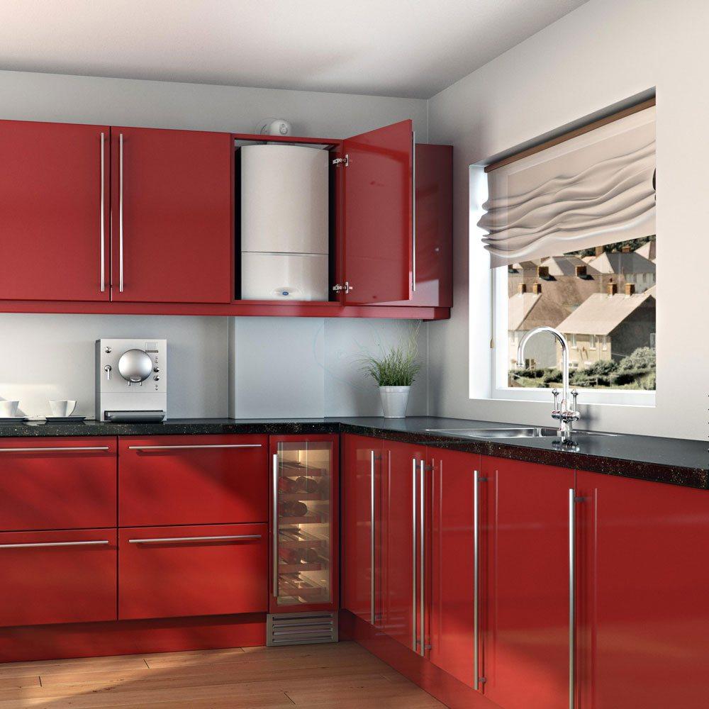 Настенный газовый котел можно спрятать в кухонный шкафчик