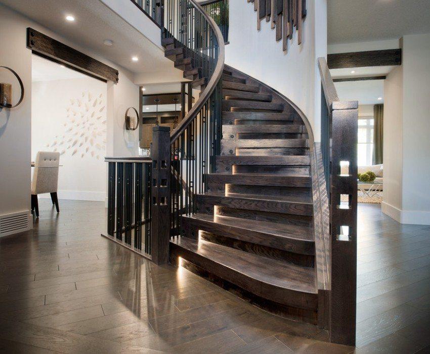 Конструкция лестницы требует тщательных расчетов