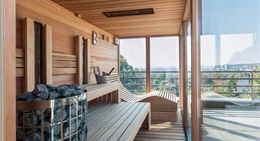 Клееный брус считается одним из самых популярных и высококачественных материалов для строительства бани