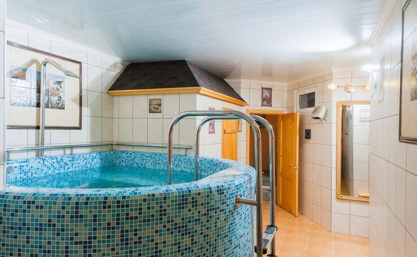 В бане можно оборудовать бассейн