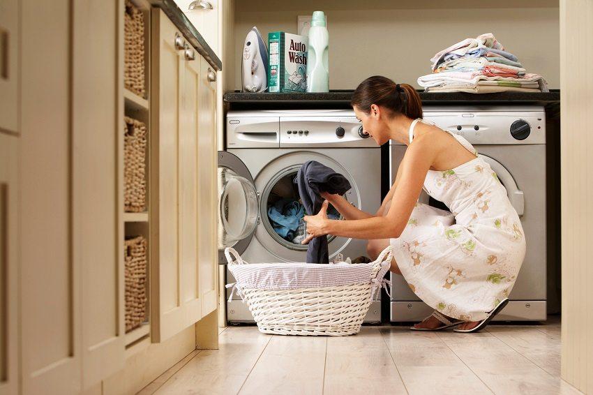Подключение стиральной машины с заземлением исключит удар током при извлечении мокрого белья