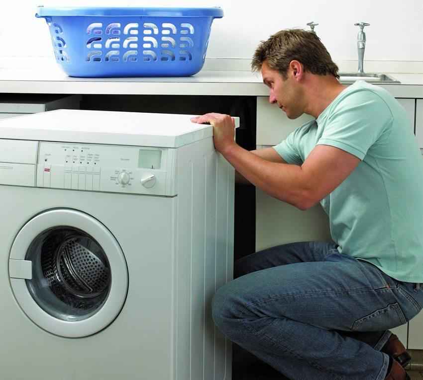 Важно проверить надёжность всех соединений при установке стиральной машины, чтобы избежать протечек