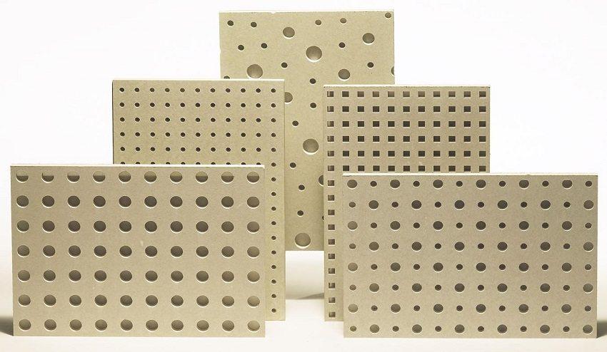 Звукопоглощающие плиты гипсокартона улучшают акустические характеристики помещения