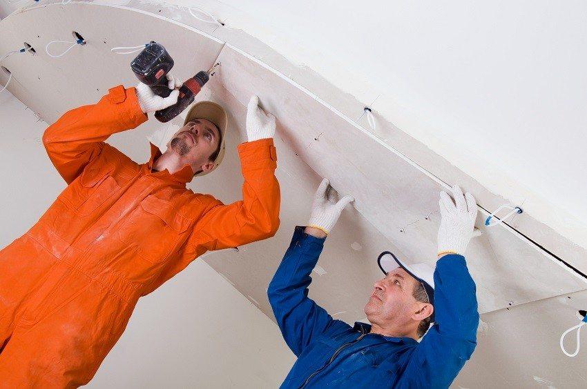 Для потолочных конструкций используют облегченный гипсокартон