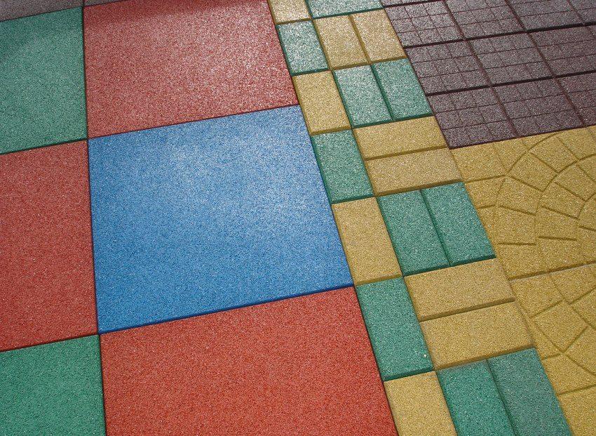 Различные цвета и размеры плитки