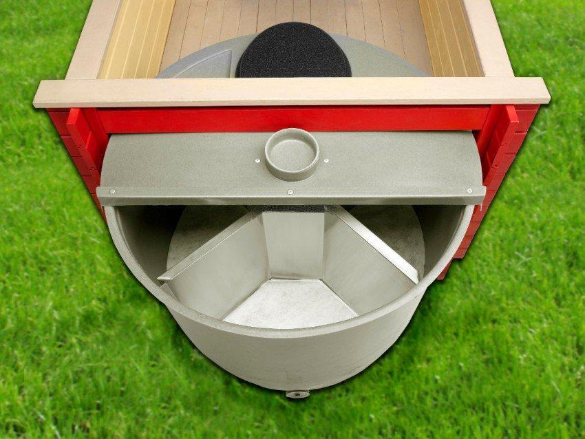 Торфяной туалет - вид в разрезе