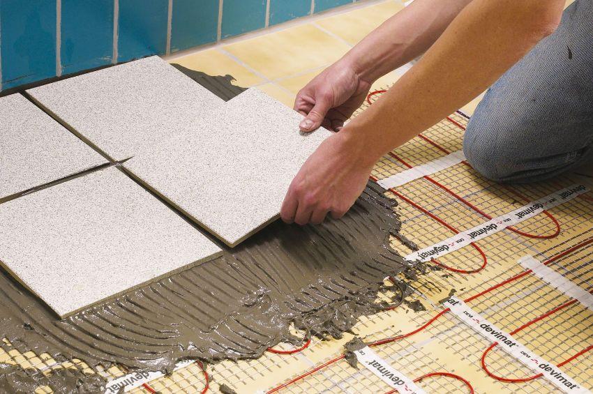 Укладка керамической плитки на электрический теплый пол