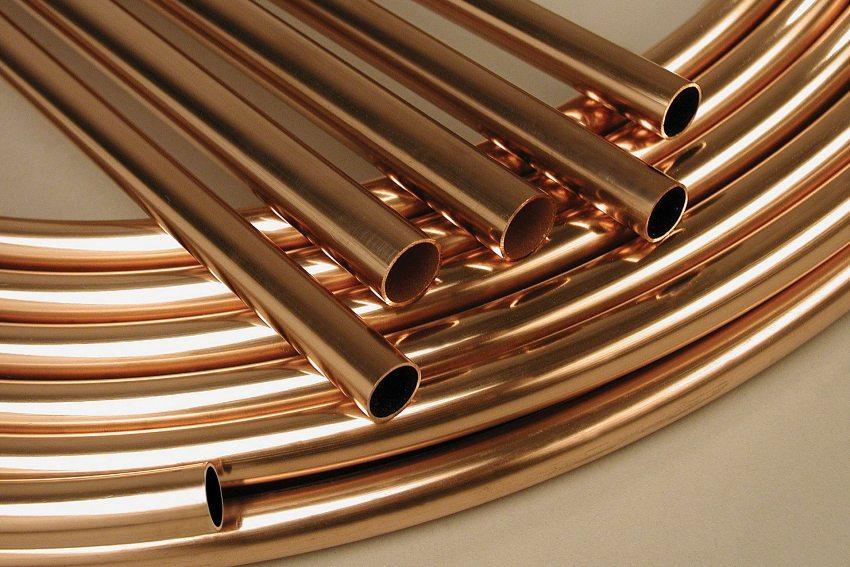 Медная труба - самый дорогостоящий вариант из всех видов труб для теплого пола