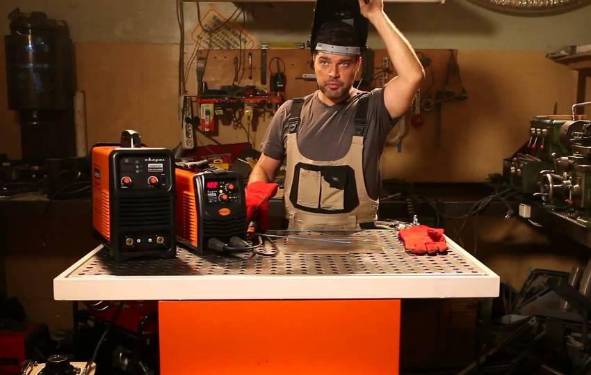 Выбирая сварочный аппарат, необходимо ориентироваться на его технические характеристики
