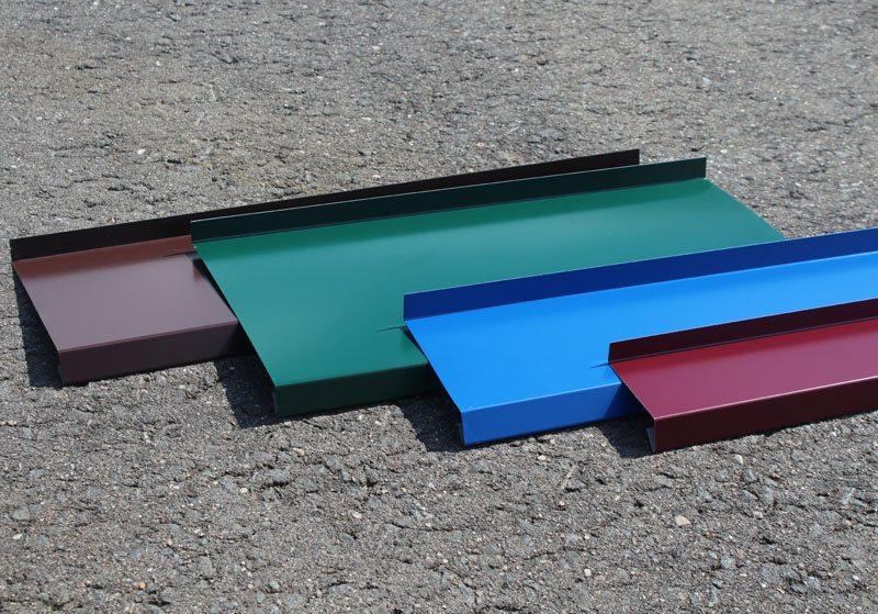 Различные цветовые решения металлических отливов