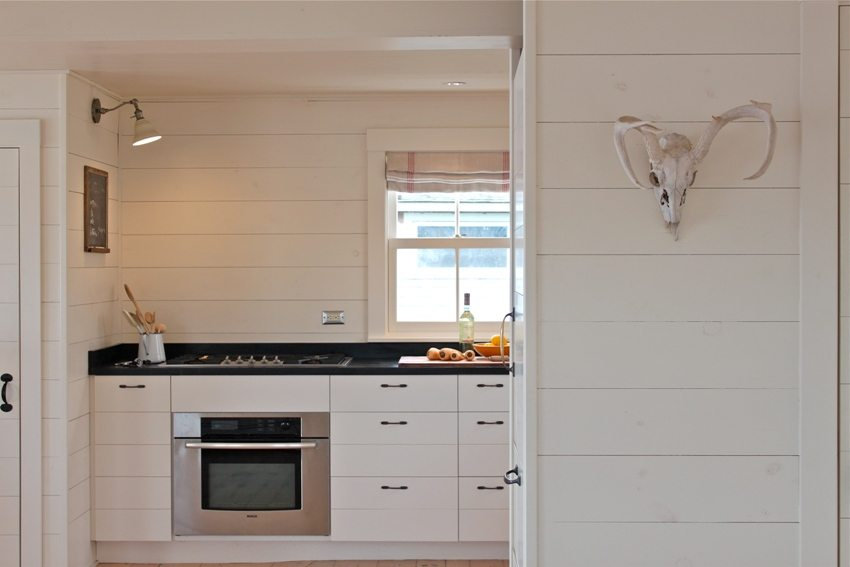 Панели из пластика на кухне