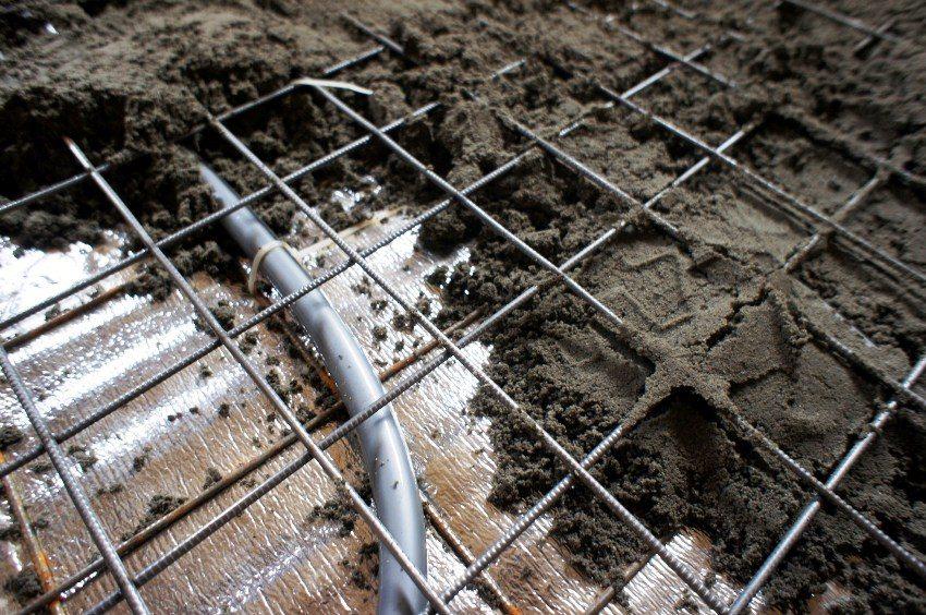 Использование метода полусухой стяжки для обустройства водяного теплого пола