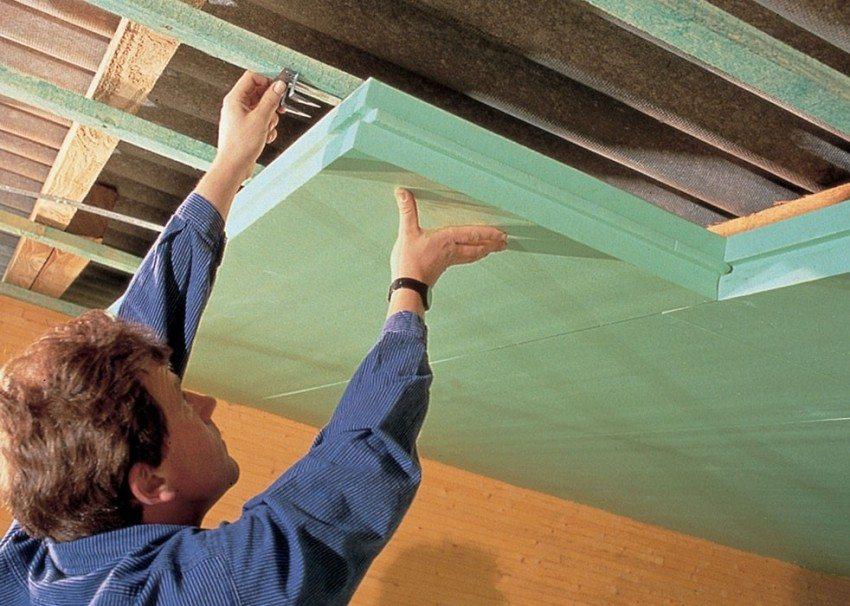 Утепление крыши мансардного помещения пенополистирольными плитами