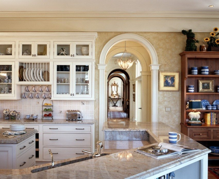 Классическая арка на кухне