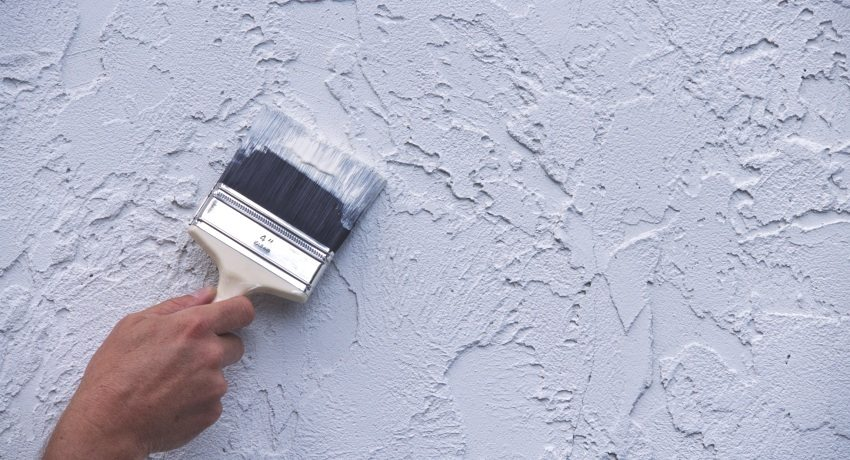 Выполнить декоративную штукатурку стен своими руками под силу каждому