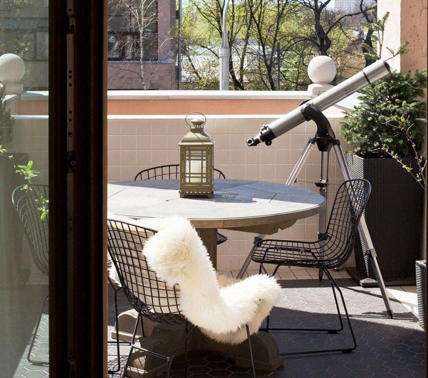 Керамическая плитка в отделке балкона