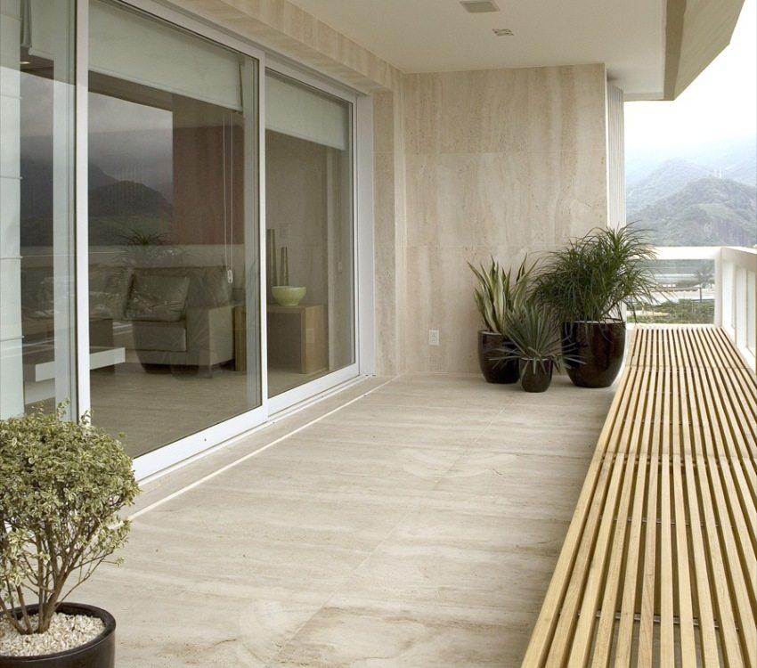 Декоративные панели в отделке балкона