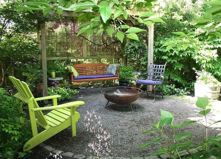 Пергола для вьющихся растений в саду