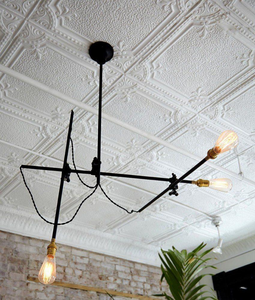 Традиционный цвет потолочных плиток - белый