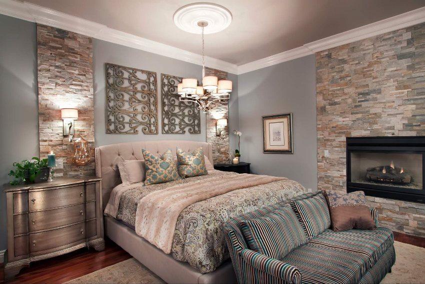 Пример использования декоративного кирпича для отделки спальни