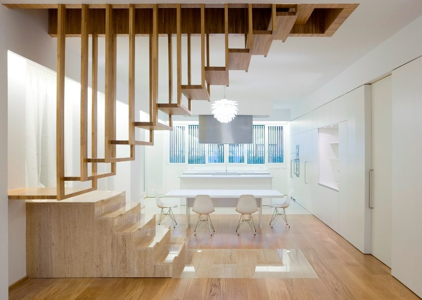Подвесная конструкция мансардной лестницы