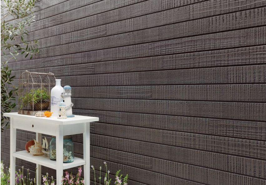 Фасадные фиброцементные панели могут имитировать камень, кирпич, дерево и другие материалы