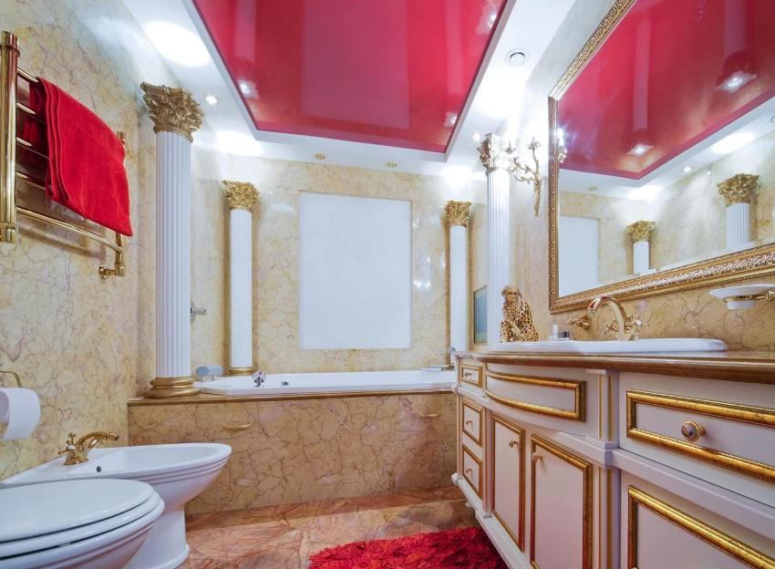 Ярко-красный глянцевый потолок