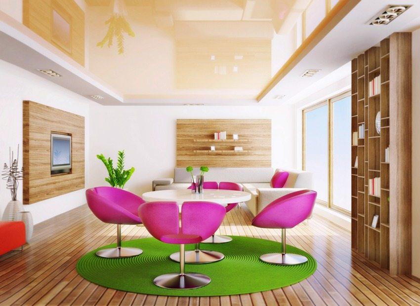 Сатиновая ткань визуально увеличивает высоту потолка