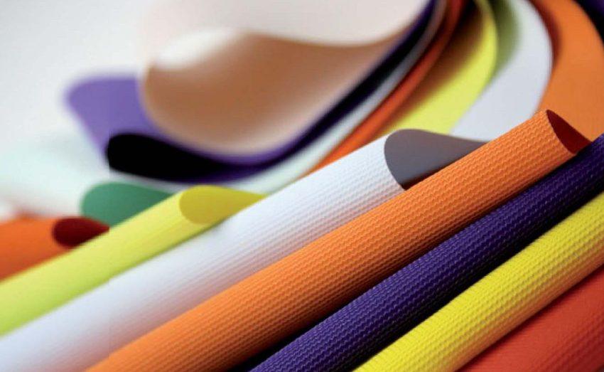 Текстура и расцветки потолочной ткани