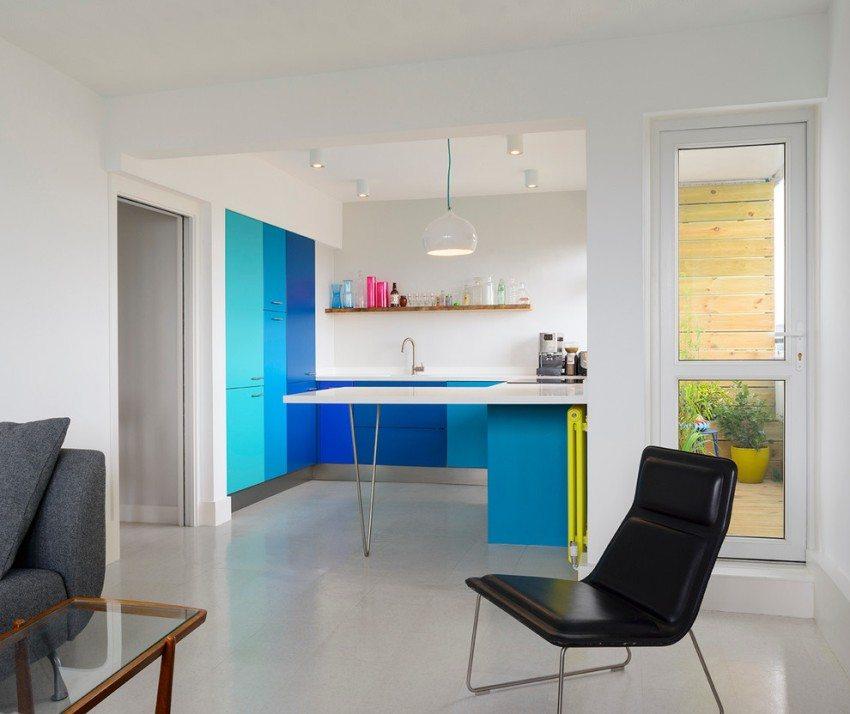 Лаконичное оформление кухни-гостиной в стиле минимализм