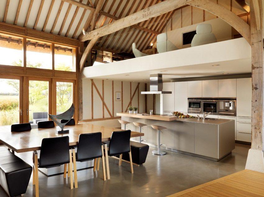 Один из практичных вариантов отделки для кухни - наливные полы