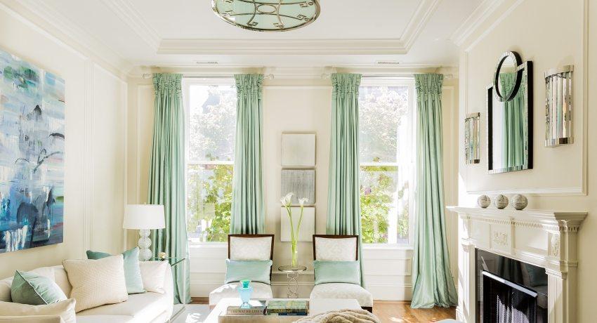 карнизы и шторы для гостиной фото