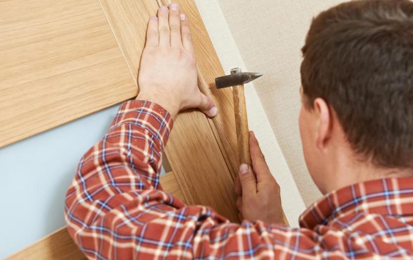 Монтаж дверных наличников своими руками