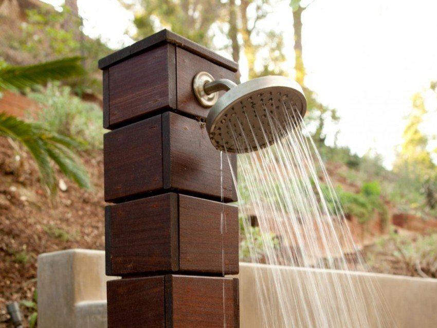 Для обеспечения теплой водой летнего душа на даче - достаточно емкости на 50 л