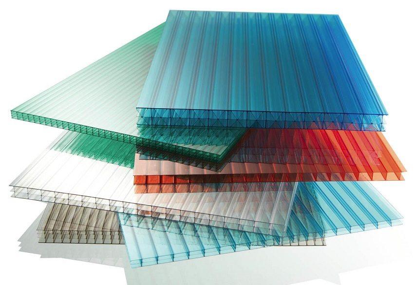 Сотовый поликарбонат представлен в широкой цветовой гамме