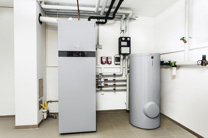 При подборе газового отопительного котла необходимо учесть две величины: теплопотери здания и необходимое количество горячей воды