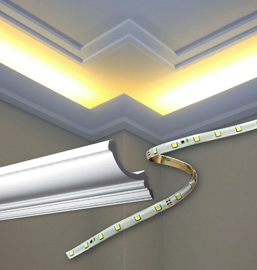 Светодиодную ленту в качестве подсветки можно спрятать в широкий молдинг