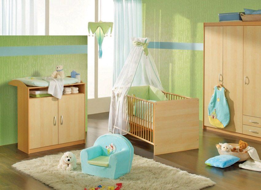 Стекловолоконные обои на стенах в детской комнате