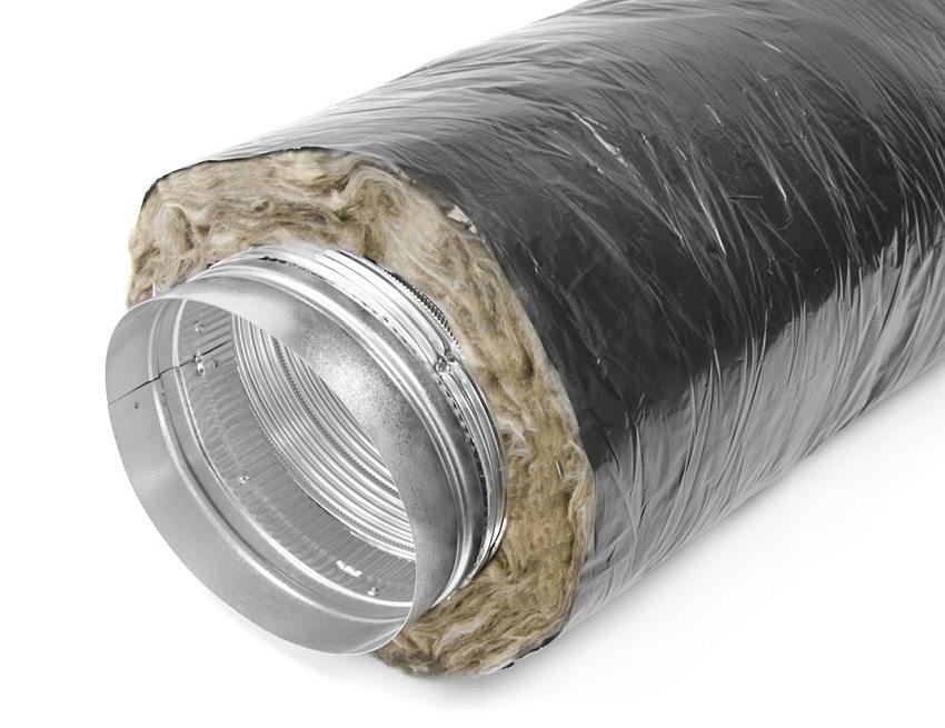 Минеральная вата отлично подходит для утепления воздуховодов