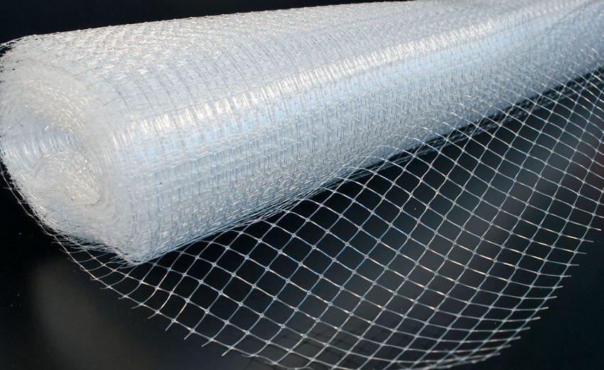 Полимерные сетки стойкие к химическим воздействиям, что очень важно в случае применения отделочного раствора со щелочной средой