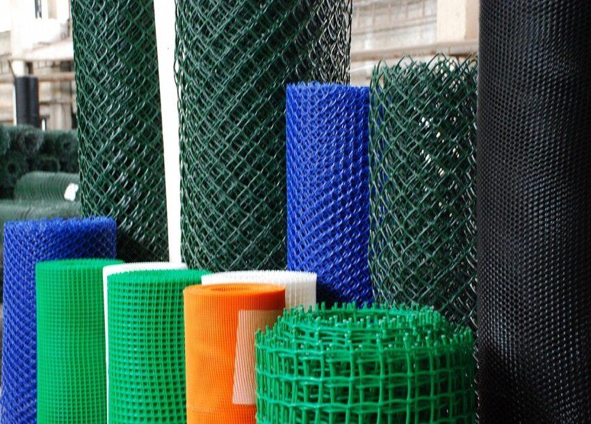 Пластиковые сетки бывают с различной величиной ячейки