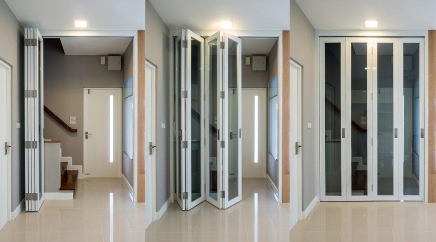 Принцип открывания и закрывания складной двери-книжки