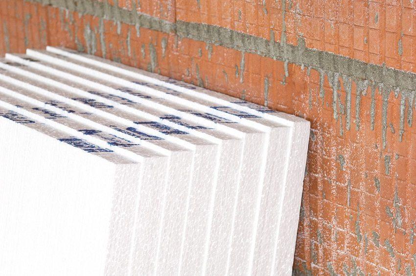 Пенопласт - популярный материал для утепления дома