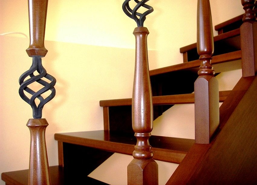 Открытое пространство между ступенями делает лестницу более воздушной
