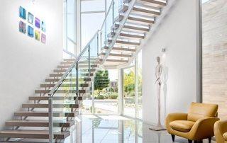 Лестницы на второй этаж на металлическом каркасе: красота, изящество, простота монтажа